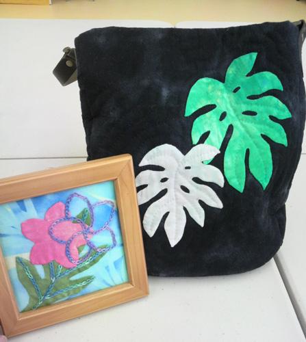 M村さんのバッグとS本さんのタヒチアンキルト
